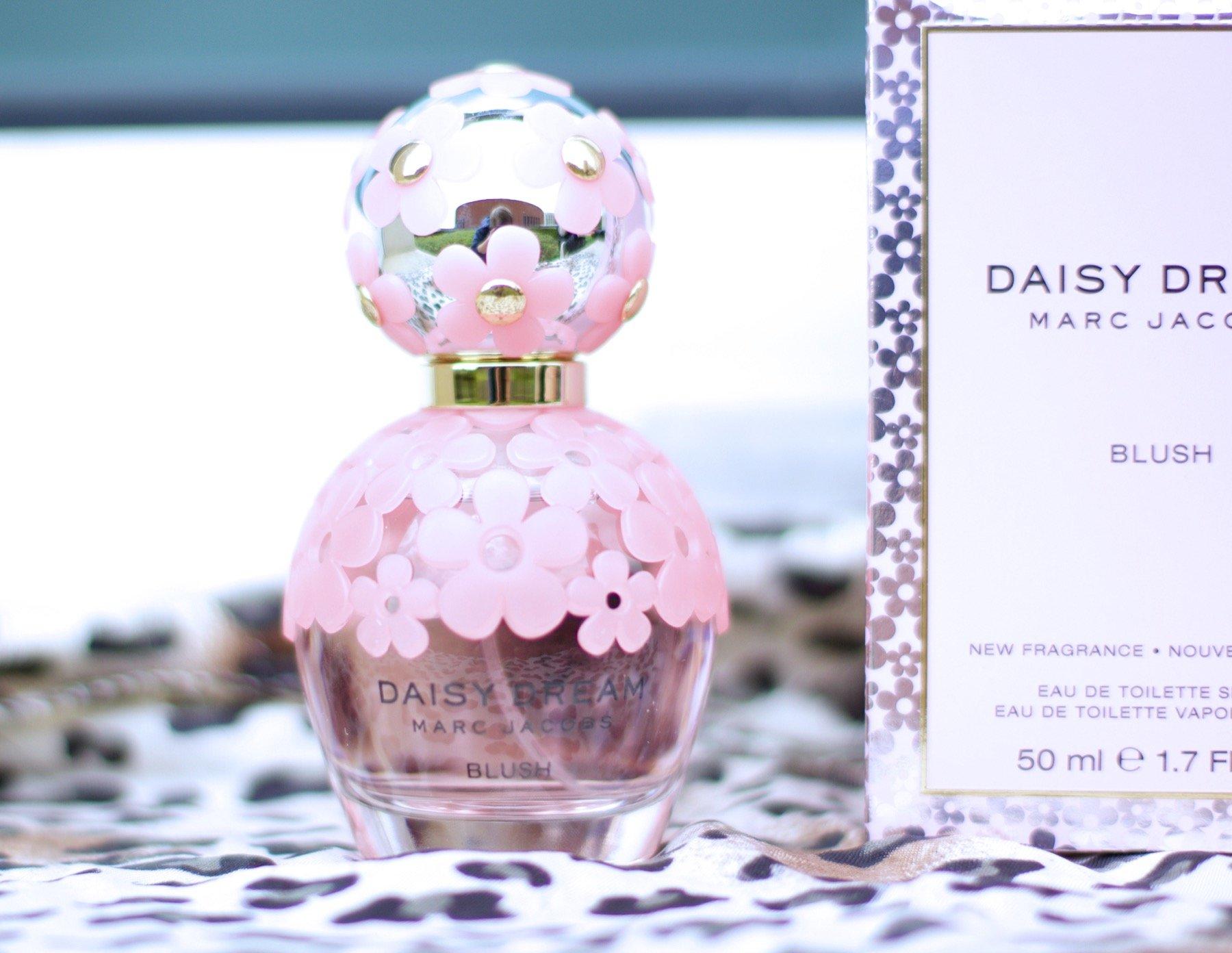 jenna minnie jenna minnie fashion blog marc jacobs roberto cavalli perfume