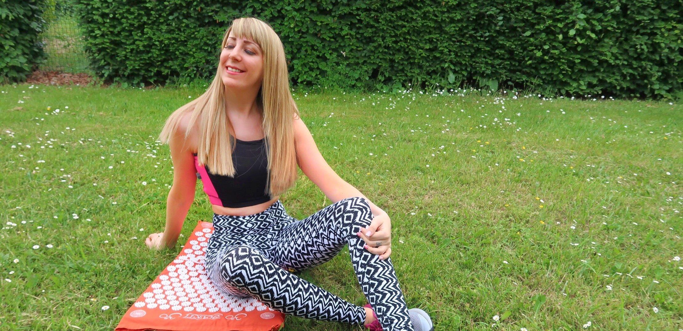 jennaminnie jenna minnie fashion blog Relaxed in 20 minutes with Shakti Mat